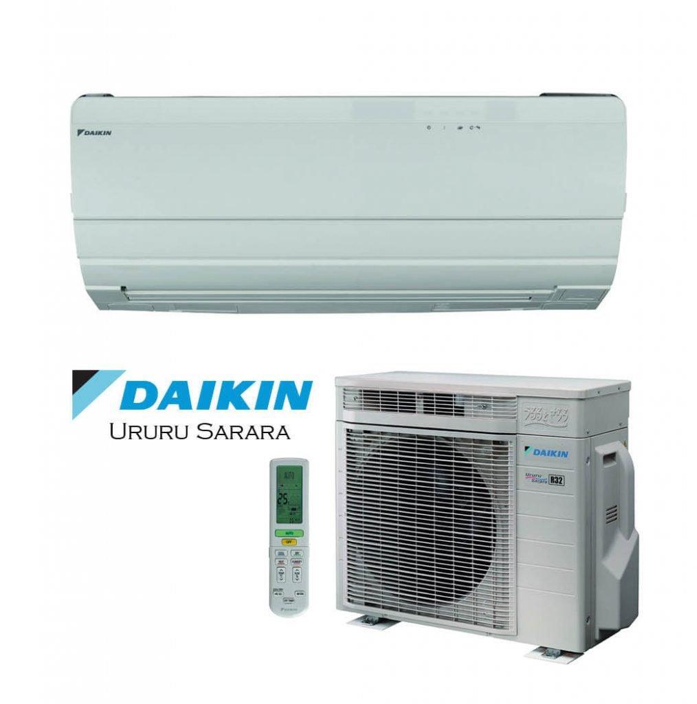 Vonkajšia a vnútorná jednotka nástennej klimatizácie značky Daikin Ururu Sarara